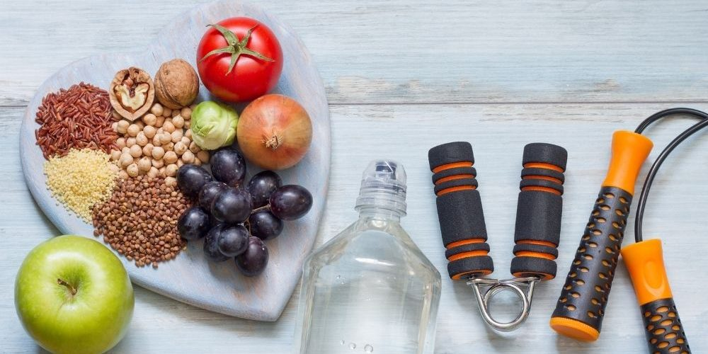 Healthy lifestyle concept with diet and fitness - ss - featured photo   How To Identify Trends and the Good and Bad Habits In Your Life