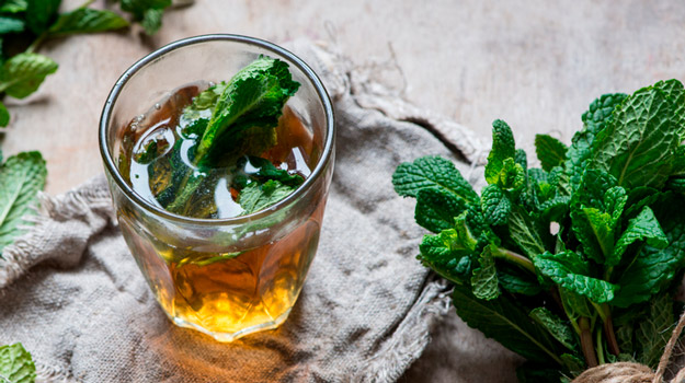 glass-of-mint-tea-menthol | Best Cough Remedies You Can Do at Home | menthol